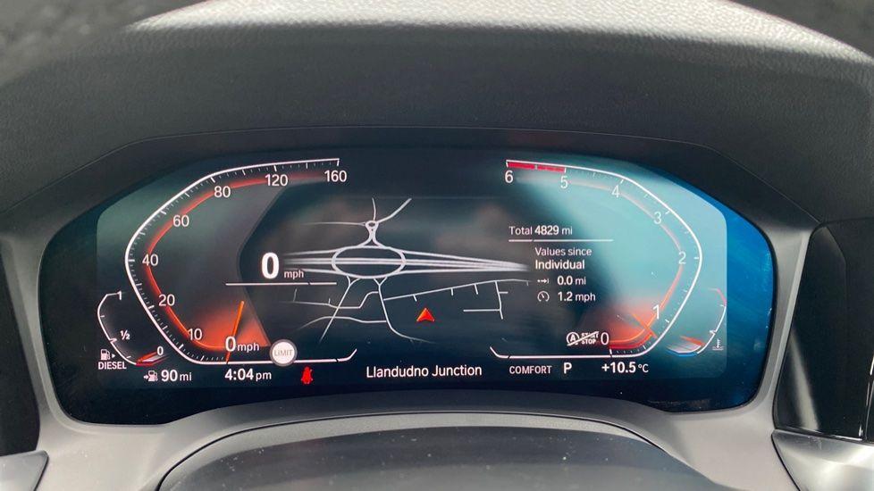 Image 9 - BMW 330d xDrive M Sport Touring (YB69FNC)