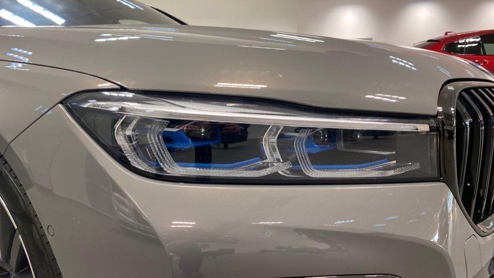 Image 23 - BMW 745Le xDrive M Sport Saloon (YG20OWX)