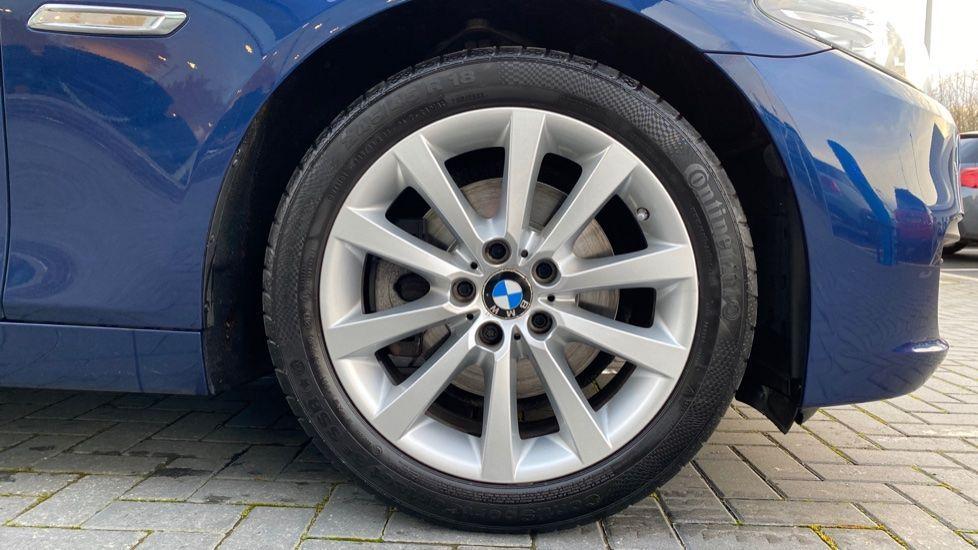 Image 14 - BMW 520d SE Touring (YF65WWD)