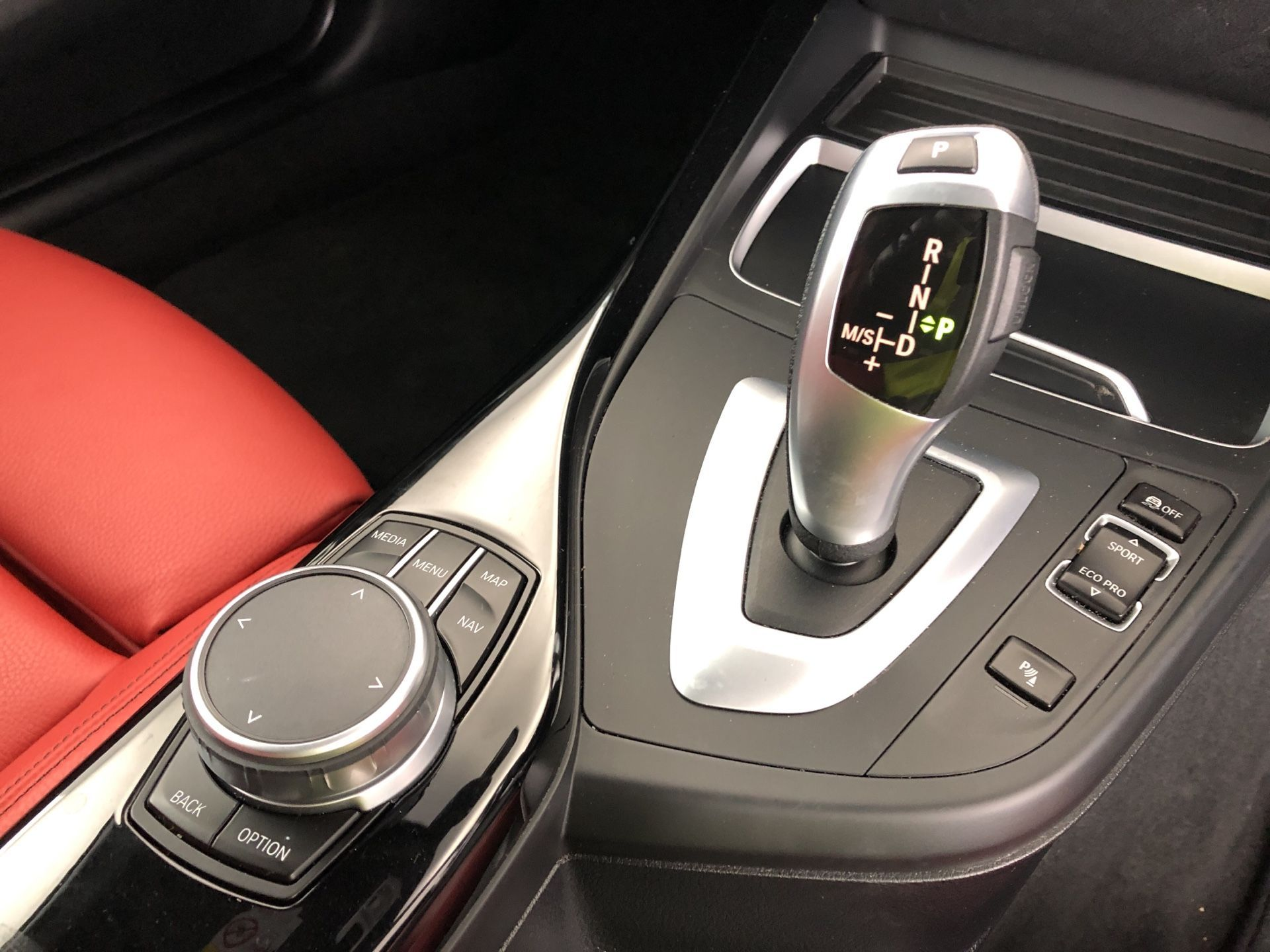 Image 10 - BMW 218d M Sport Coupe (YJ19MMP)