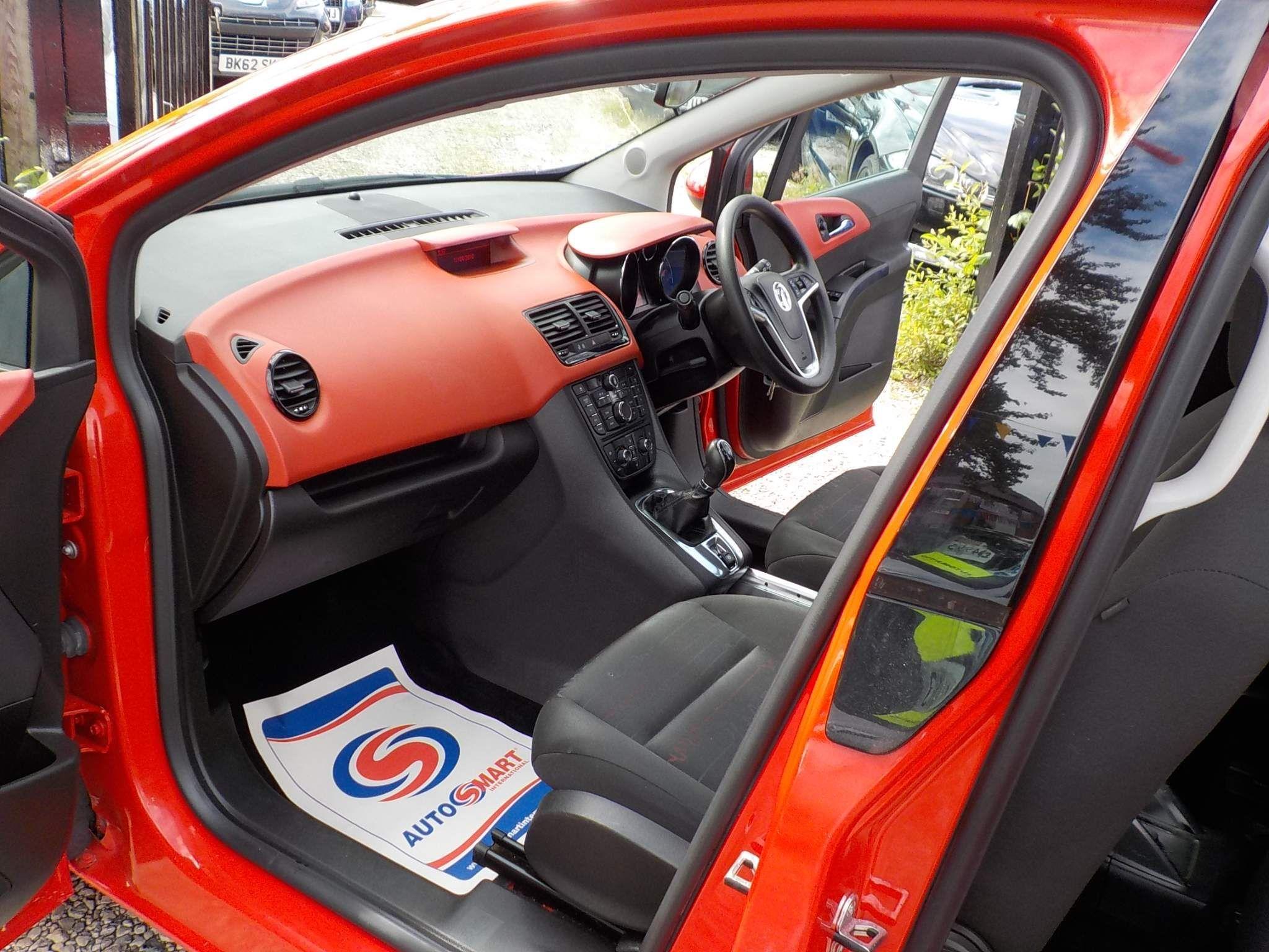Vauxhall Meriva 1.4 i 16v Exclusiv 5dr (a/c)