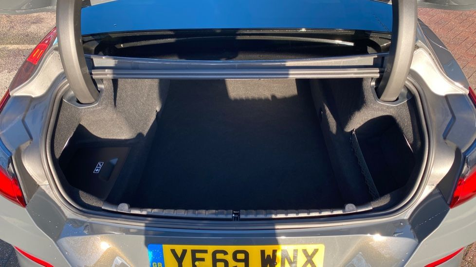 Image 13 - BMW 840i Gran Coupe (YE69WNX)
