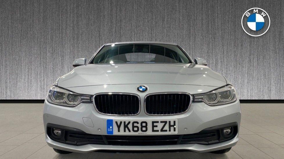 Image 16 - BMW 318d SE Saloon (YK68EZH)
