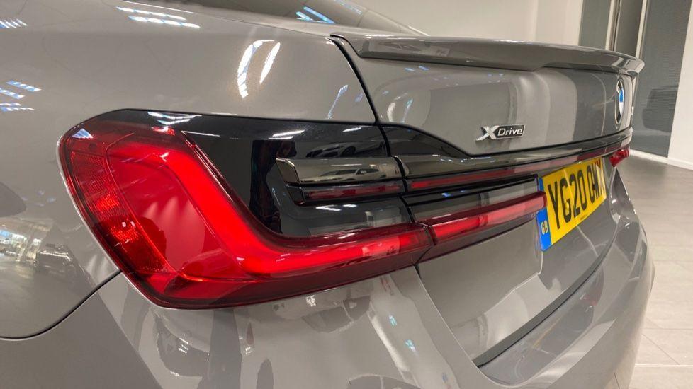 Image 22 - BMW 745Le xDrive M Sport Saloon (YG20OWX)