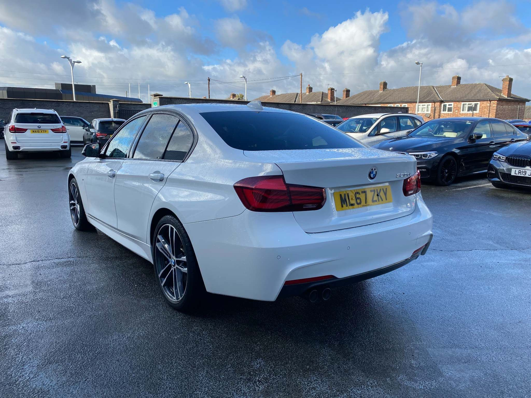 Image 2 - BMW 320d M Sport Shadow Edition Saloon (ML67ZKY)