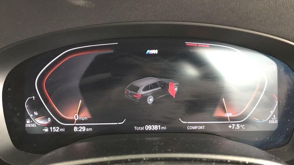 Image 9 - BMW 520d M Sport Touring (YB69VCJ)