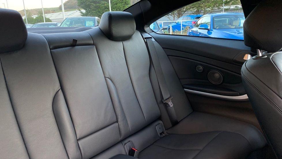 Image 12 - BMW 440i M Sport Coupe (MT18NKF)