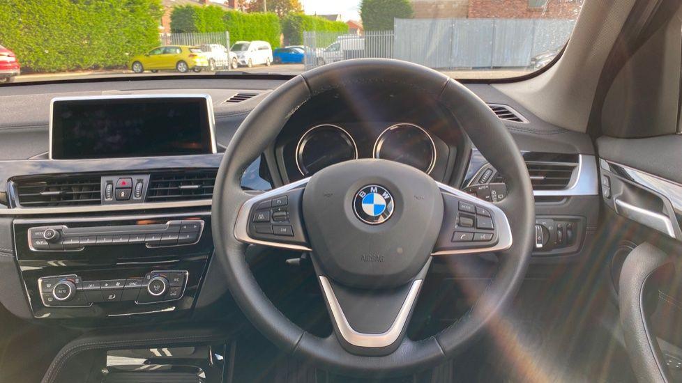 Image 8 - BMW sDrive18i Sport (YH20WBT)