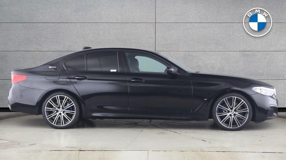 Image 3 - BMW 530e M Sport iPerformance Saloon (YC19ZYW)