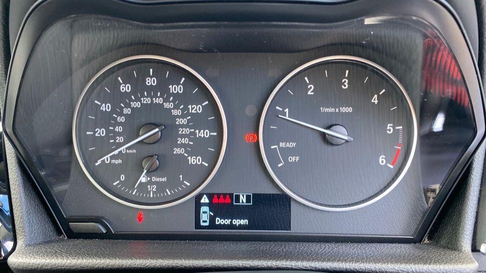 Image 9 - BMW 218d Sport Active Tourer (MM64WGE)