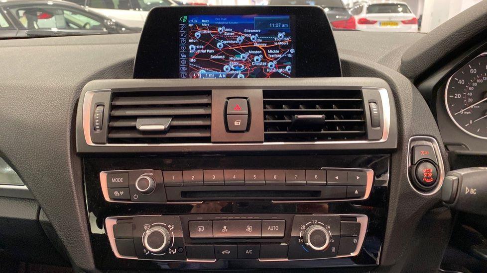 Image 5 - BMW 118i Sport 3-Door (LT17KBV)
