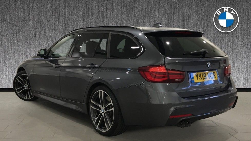 Image 2 - BMW 320i M Sport Shadow Edition Touring (YK19VCR)