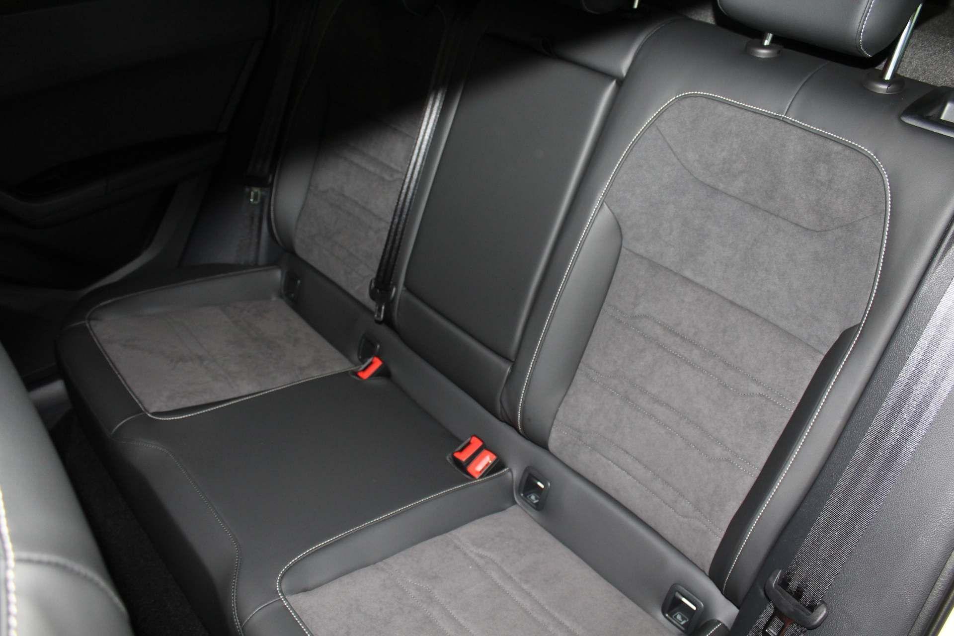 SEAT Ateca Images