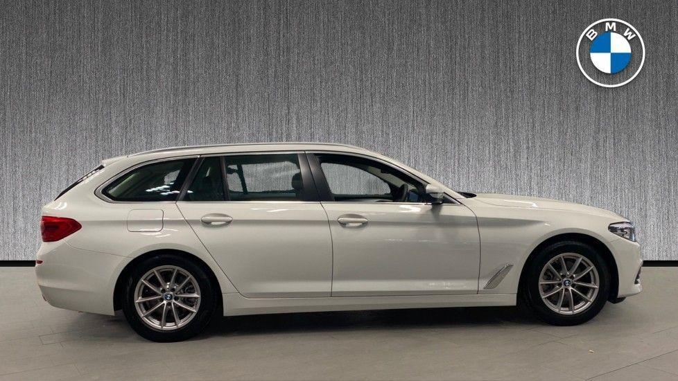 Image 3 - BMW 520d SE Touring (YC20VWA)