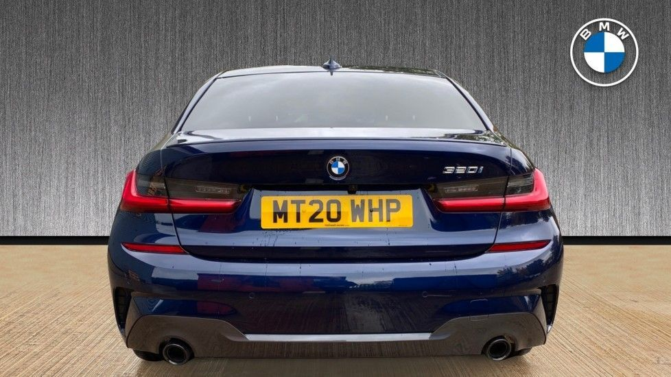 Image 15 - BMW 320i M Sport Plus Edition Saloon (MT20WHP)