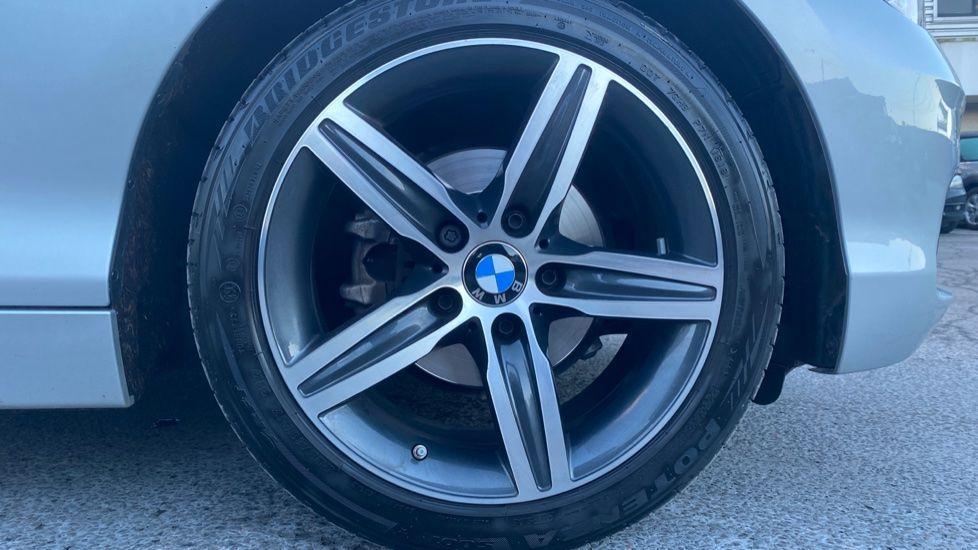 Image 14 - BMW 118i Sport 5-door (ML68OLU)