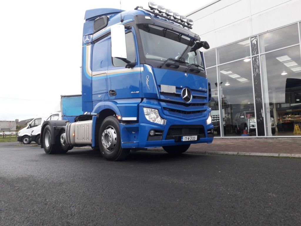 Mercedes-Benz Actros ACTROS 2448 6X2 TRACTOR UNIT AUTOMATIC