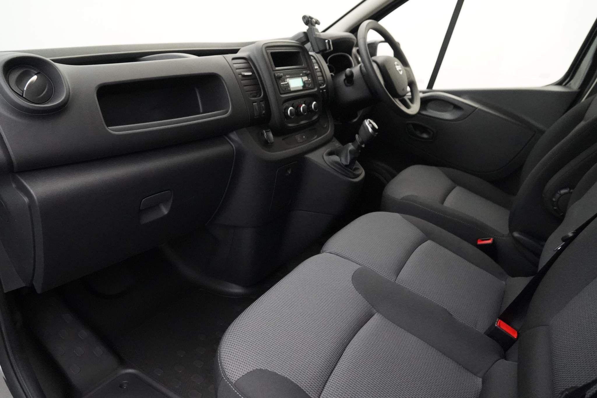 Nissan NV300 for sale