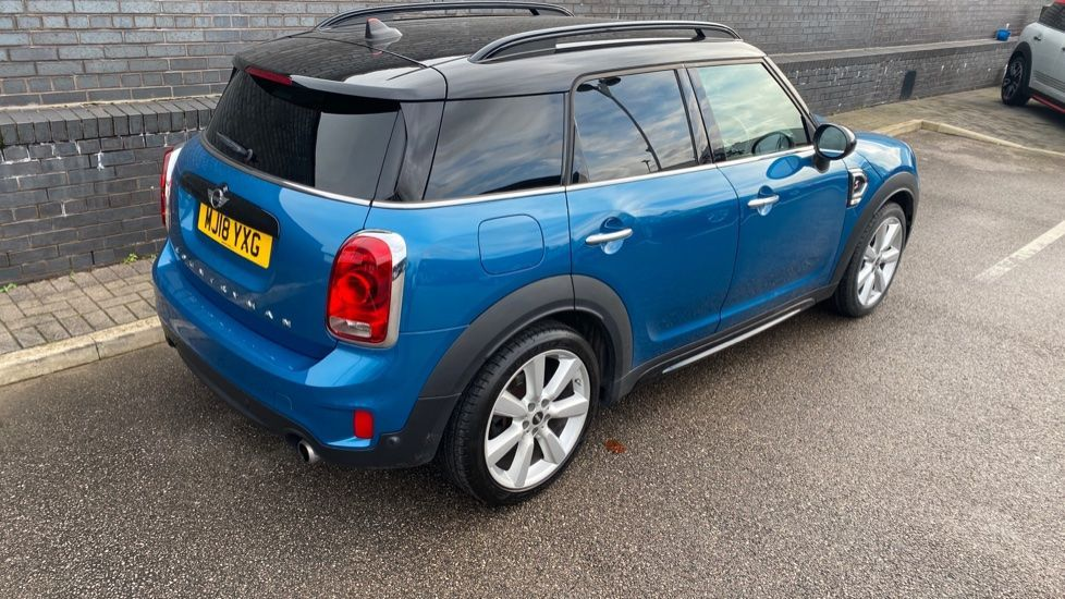Image 26 - MINI Countryman (MJ18YXG)