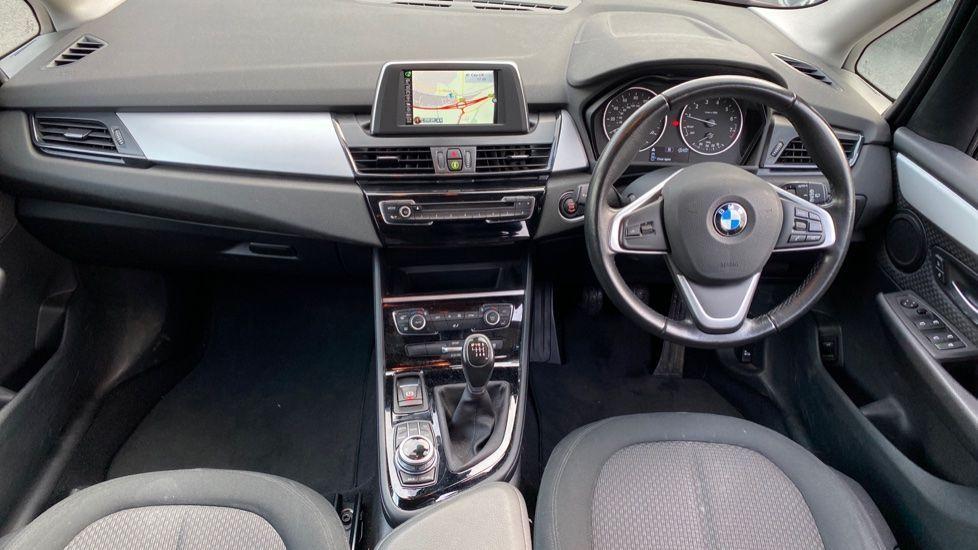 Image 4 - BMW 218i SE Active Tourer (DC66GVL)