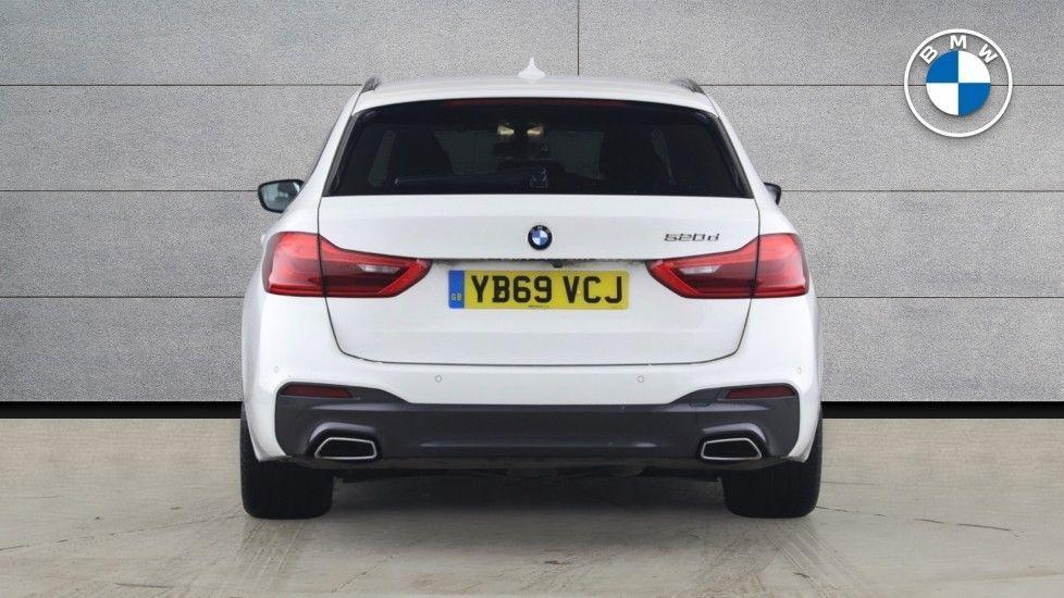 Image 15 - BMW 520d M Sport Touring (YB69VCJ)