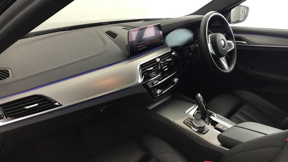 Image 6 - BMW 530e M Sport iPerformance Saloon (YC19ZYW)