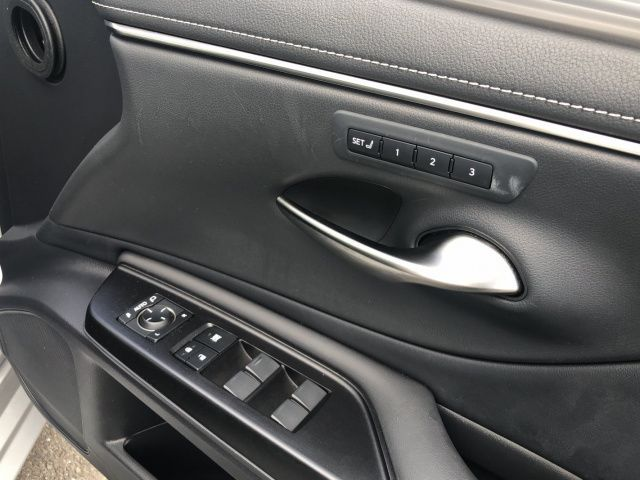 Lexus ES 300h F SPORT 4DR AUTO