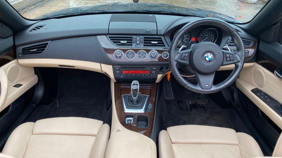 Image 4 - BMW sDrive20i M Sport Roadster (YT12ZXB)