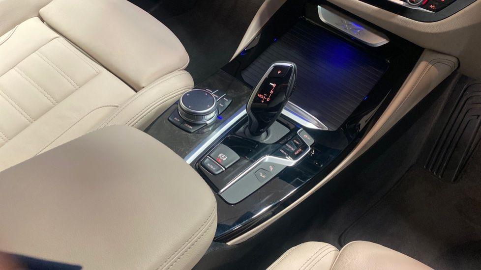 Image 10 - BMW xDrive30d M Sport (PJ20RLZ)