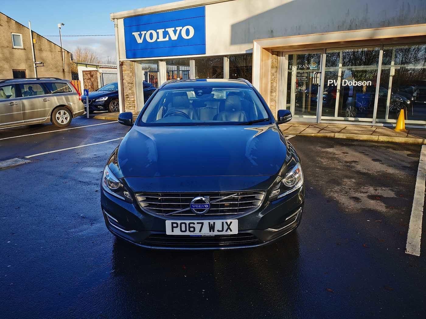 Volvo V60 2.0 TD D4 (190bhp) SE Lux Nav 5-Door Estate
