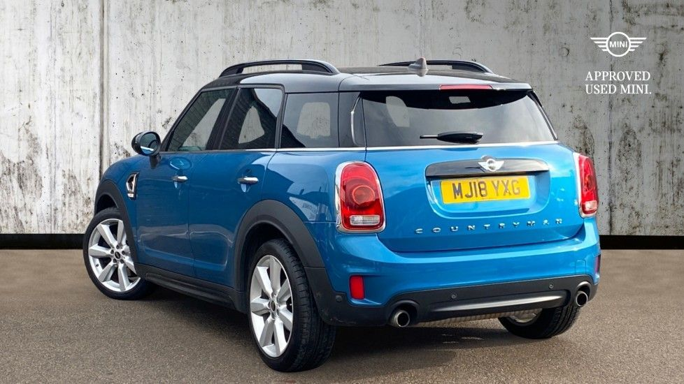 Image 2 - MINI Countryman (MJ18YXG)