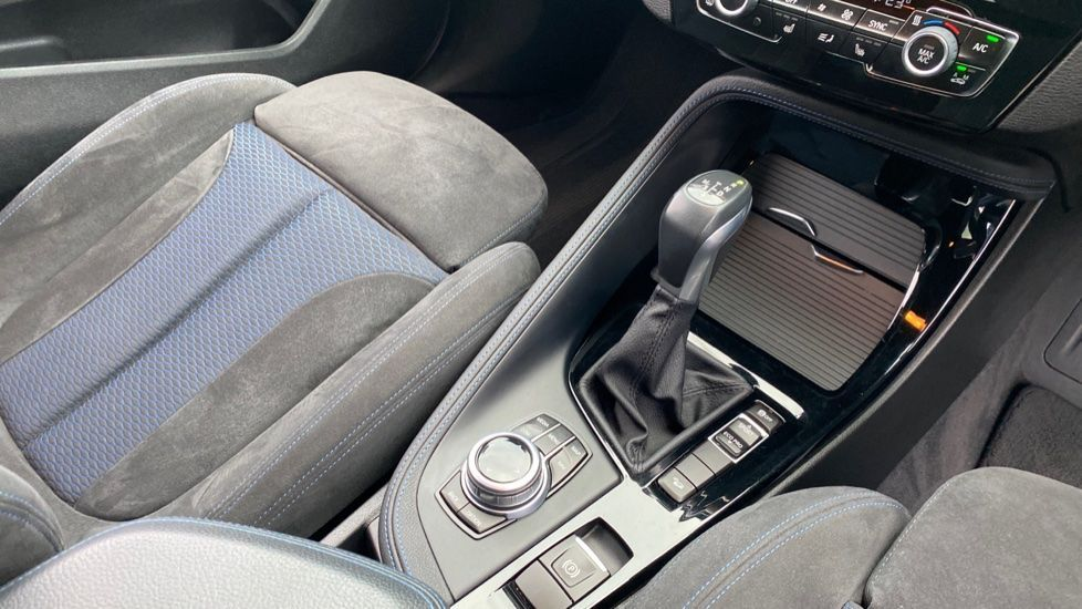 Image 10 - BMW xDrive20d M Sport (YK67PZD)