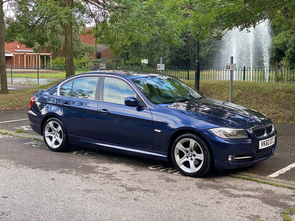 BMW 3 Series Saloon 2.0 320i Exclusive 4dr
