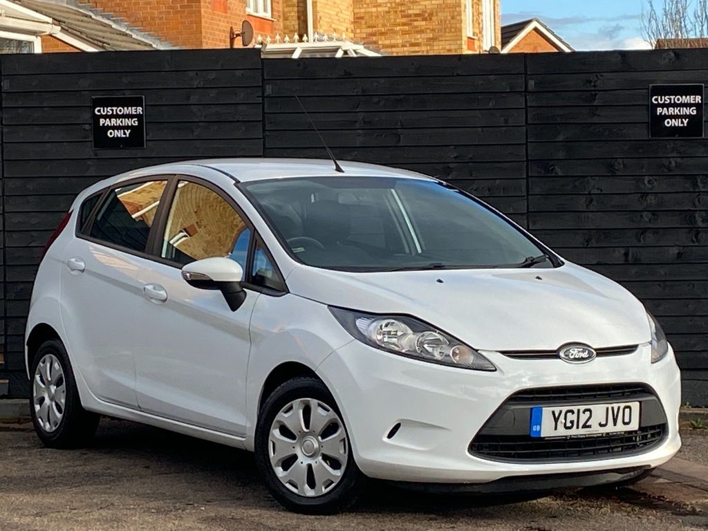Ford Fiesta Hatchback 1.6 TDCi ECOnetic DPF Edge 5dr
