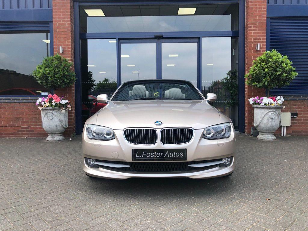 BMW 3 Series Convertible 3.0 330d SE Auto 2dr