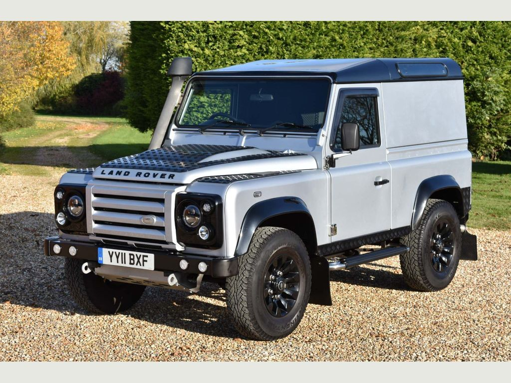 Land Rover Defender 90 SUV 2.4 TDi X Tech Limited Edition Hard Top 3dr