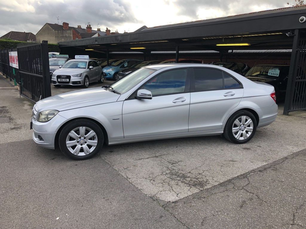 Mercedes-Benz C Class Saloon 2.1 C220 CDI BlueEFFICIENCY SE (Executive) 4dr