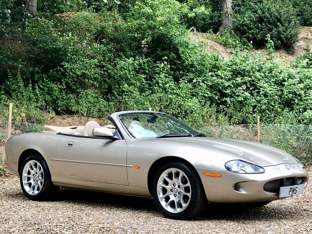 Jaguar XKR Convertible 4.0 Silverstone Limited Edition 2dr