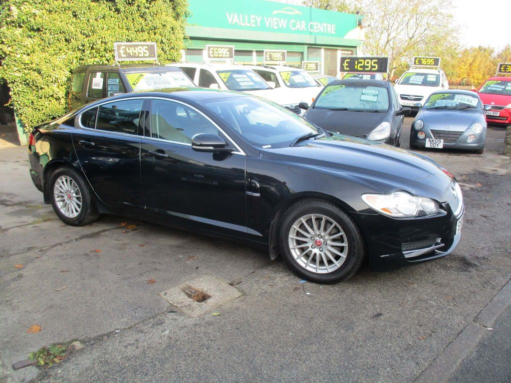 Jaguar XF Saloon 3.0 V6 Luxury 4dr