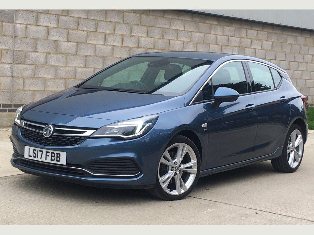 Vauxhall Astra Hatchback 1.6 CDTi BlueInjection SRi VX Line Nav (s/s) 5dr