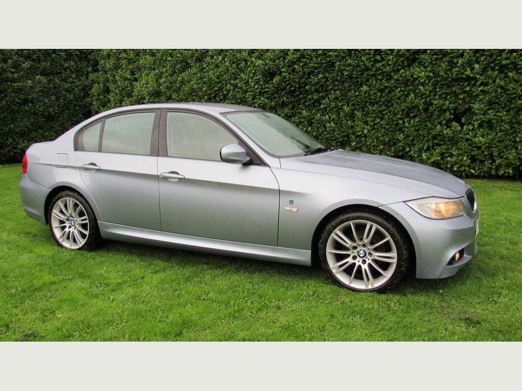 BMW 3 Series Saloon 2.0 318i Performance Edition 4dr