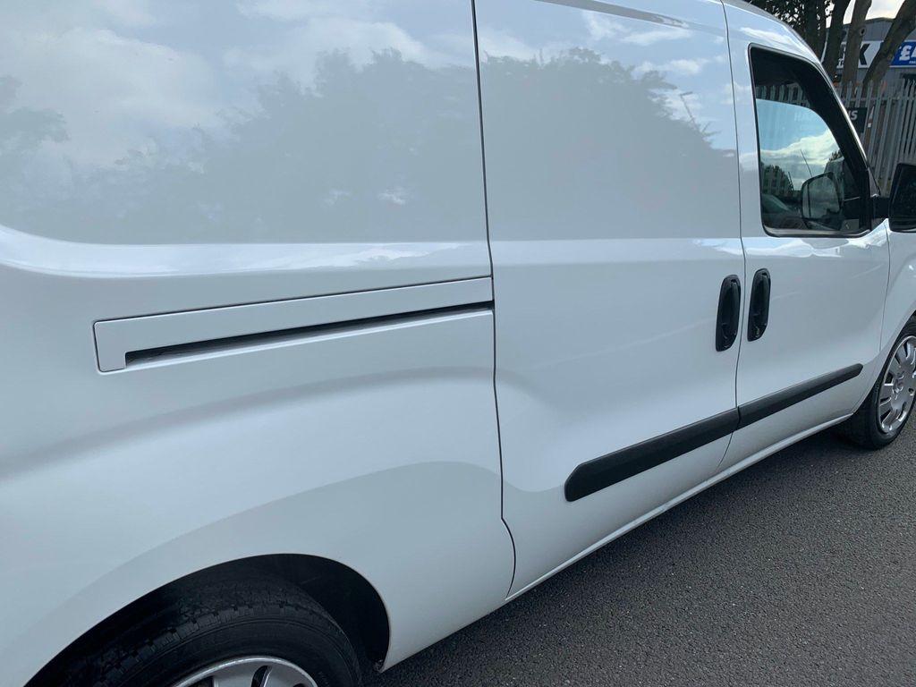 Fiat Doblo Panel Van 1.6 JTD MultiJet 16v L2 Maxi Panel Van 4dr