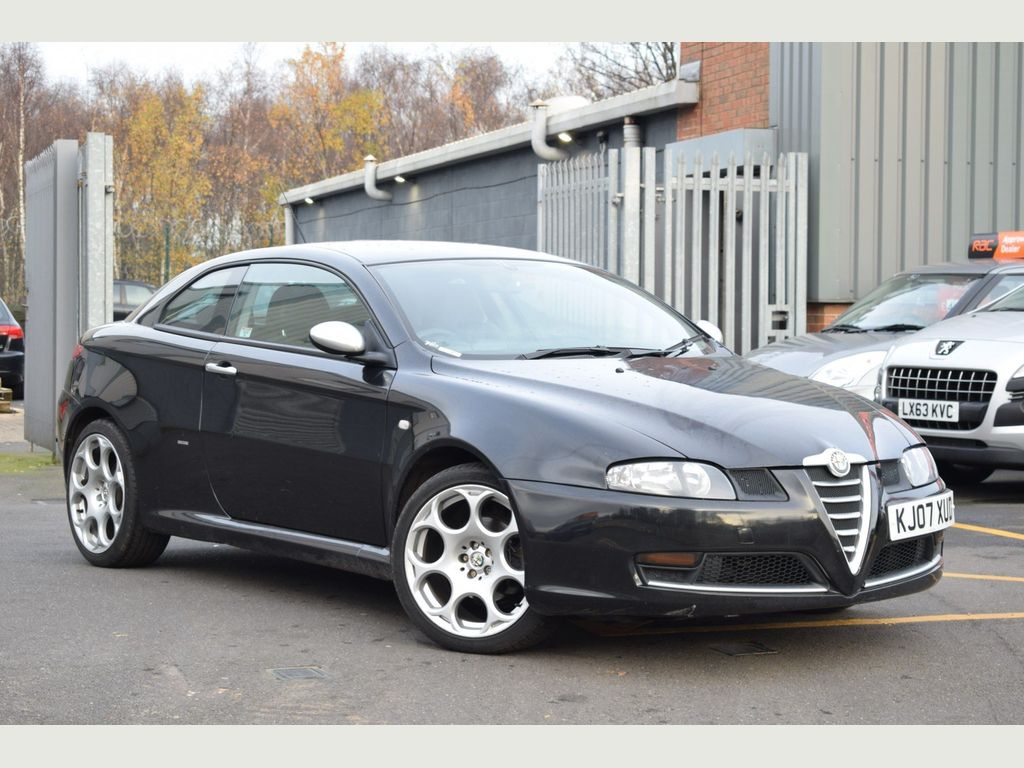 Alfa Romeo GT Coupe 2.0 JTS BlackLine 2dr