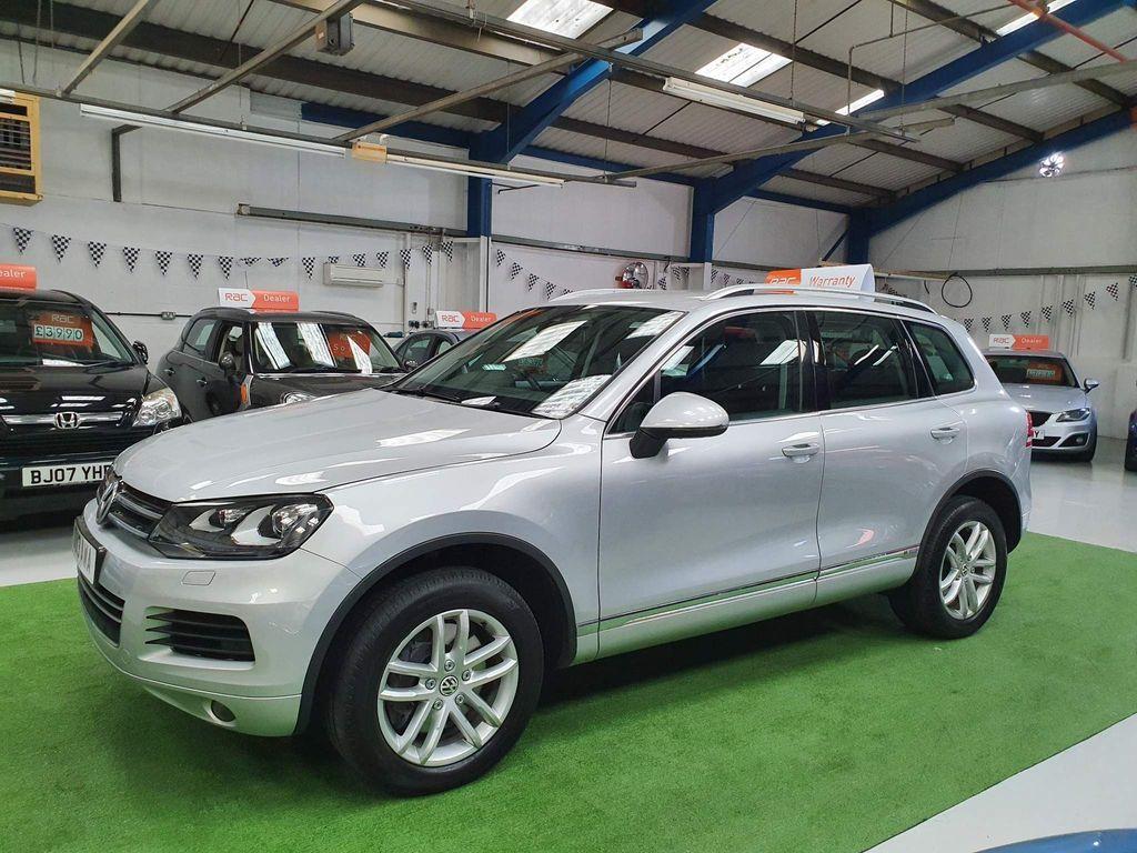 Volkswagen Touareg SUV 3.0h TSI V6 Hybrid Tiptronic 4WD (s/s) 5dr