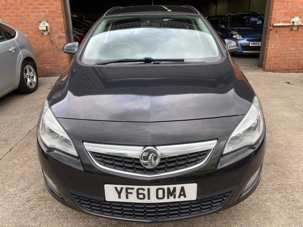 Vauxhall Astra Estate 1.3 CDTi ecoFLEX 16v Exclusiv (s/s) 5dr