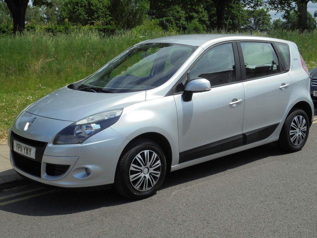 Renault Scenic MPV 1.6 VVT Bizu 5dr