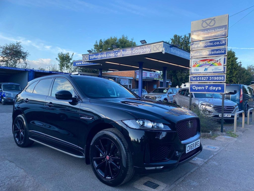 Jaguar F-PACE SUV 2.0i Chequered Flag Auto AWD (s/s) 5dr