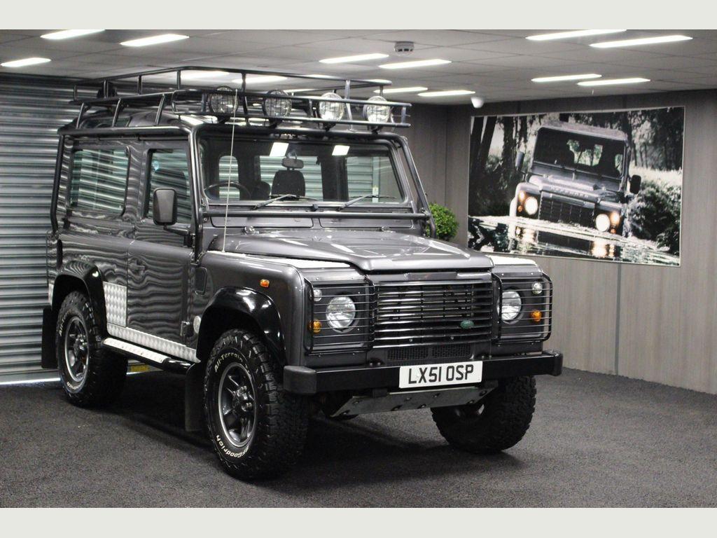 Land Rover Defender 90 SUV 2.5TD5 LE Tomb Raider Station Wagon