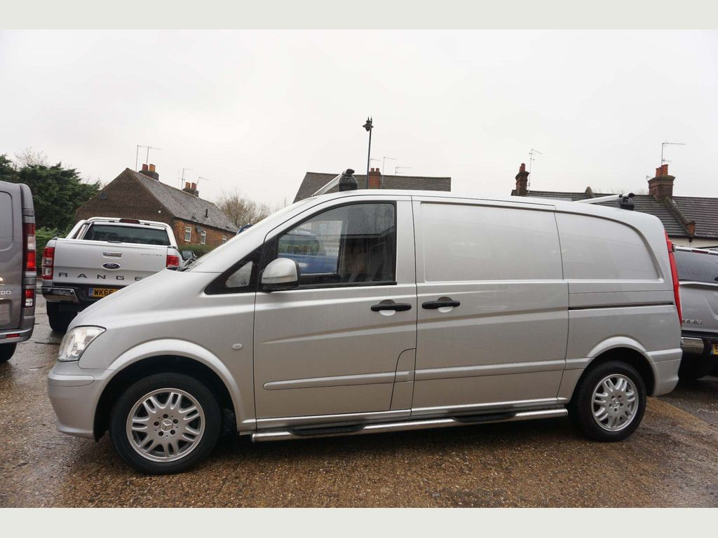 Mercedes-Benz Vito Panel Van 2.1 110CDI Compact Panel Van 5dr (EU5)