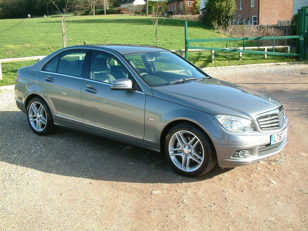 Mercedes-Benz C Class Saloon 1.8 C180 BlueEFFICIENCY Elegance 4dr